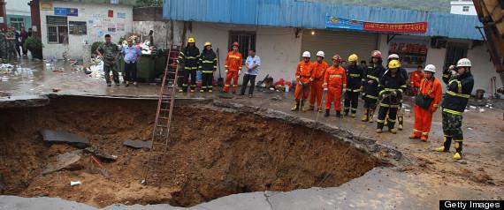 Three Dead In Shenzhen Road Cave-in