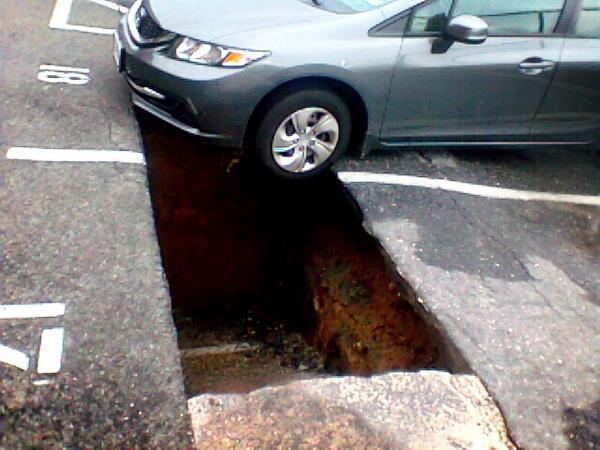 washington sinkhole 18 june 2013
