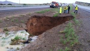 new-mexico-2013-i-40-sinkhole - Bohol, Cebu residents warned vs giant sinkholes - Philippine Business News